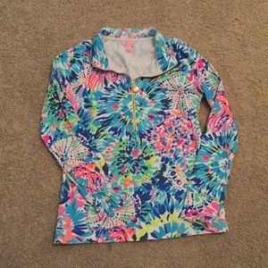 Lily Pulitzer pullover. (Size small)
